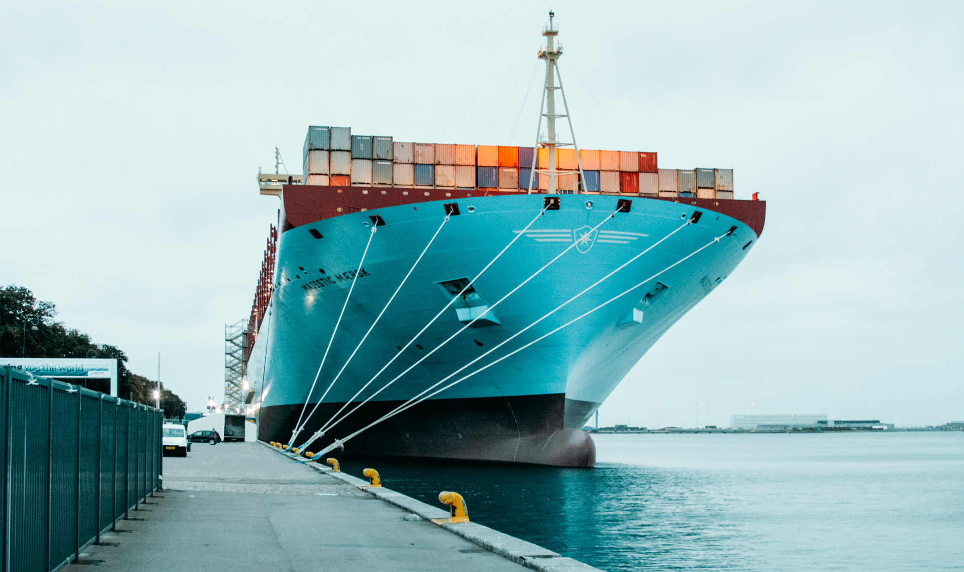 Maersk-8-Col_1955x1160