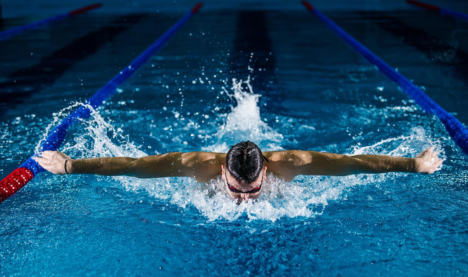 SAS-Tokyo-img8-swimmer-Col_1955x1160